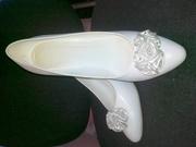 Продам женские свадебные туфли