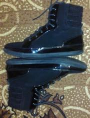 Продам ботинки фирмы  BLOSSEM.39 размер новые 350грн
