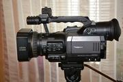 Продаю видеокамеру Panasonic AG-DVX 100В