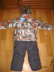 Зимний костюм для мальчика ,  куртка и комбинезон и желетк