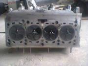 Головка блока цилиндров на Audi A4 2.0 TDI BKD