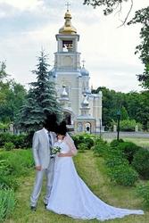 прожам свадебное платья 5000 грн