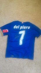 Автограф легендарного A. Del Piero на футболке сборной Италии