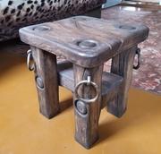 Табурет деревянный из массива дуба,  состаренный