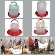 Вакуумні пластикові поїлки 3,  5 і 8 л. для птиці